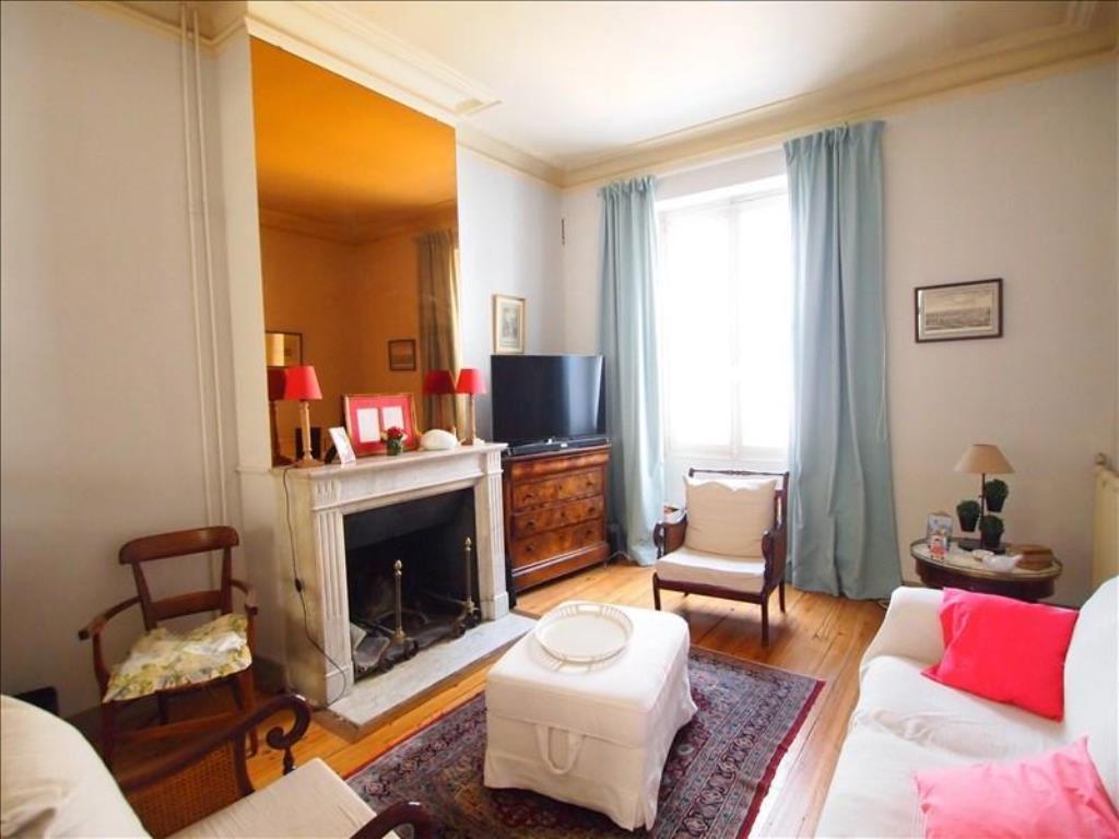 offre 11550 vente maison bordeaux grange delmas immobilier. Black Bedroom Furniture Sets. Home Design Ideas